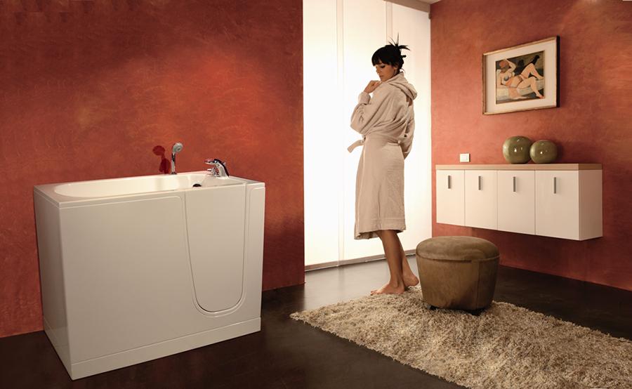 Puertas De Baño Para Discapacitados:Tub with Shower Door for Elderly